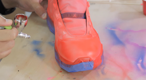 Airbrushing the shoe