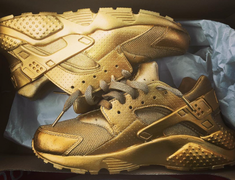 4519c7d267ba1 While Johnson didn t win gold individually at the  92 Tokyo Olympics where  the Huaraches debuted
