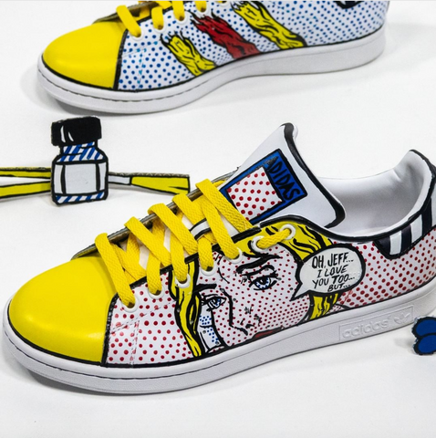 a2e8298922 Comic Strip Stan Smiths