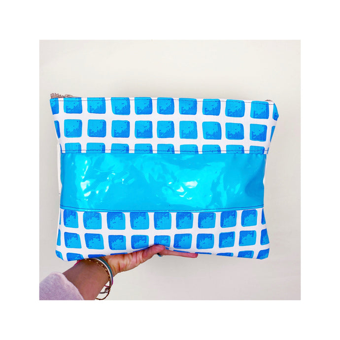 Oversize Clutch / Paddling Pool