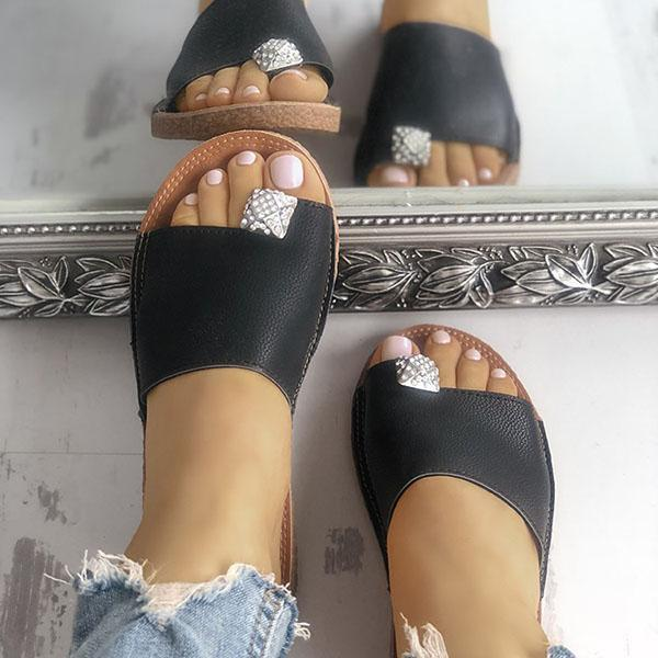 Flamechill Shiny Embellished Single Strap Toe Ring Slippers