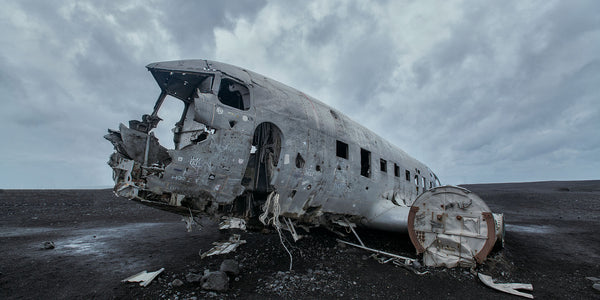 The story behind the crashed airplane