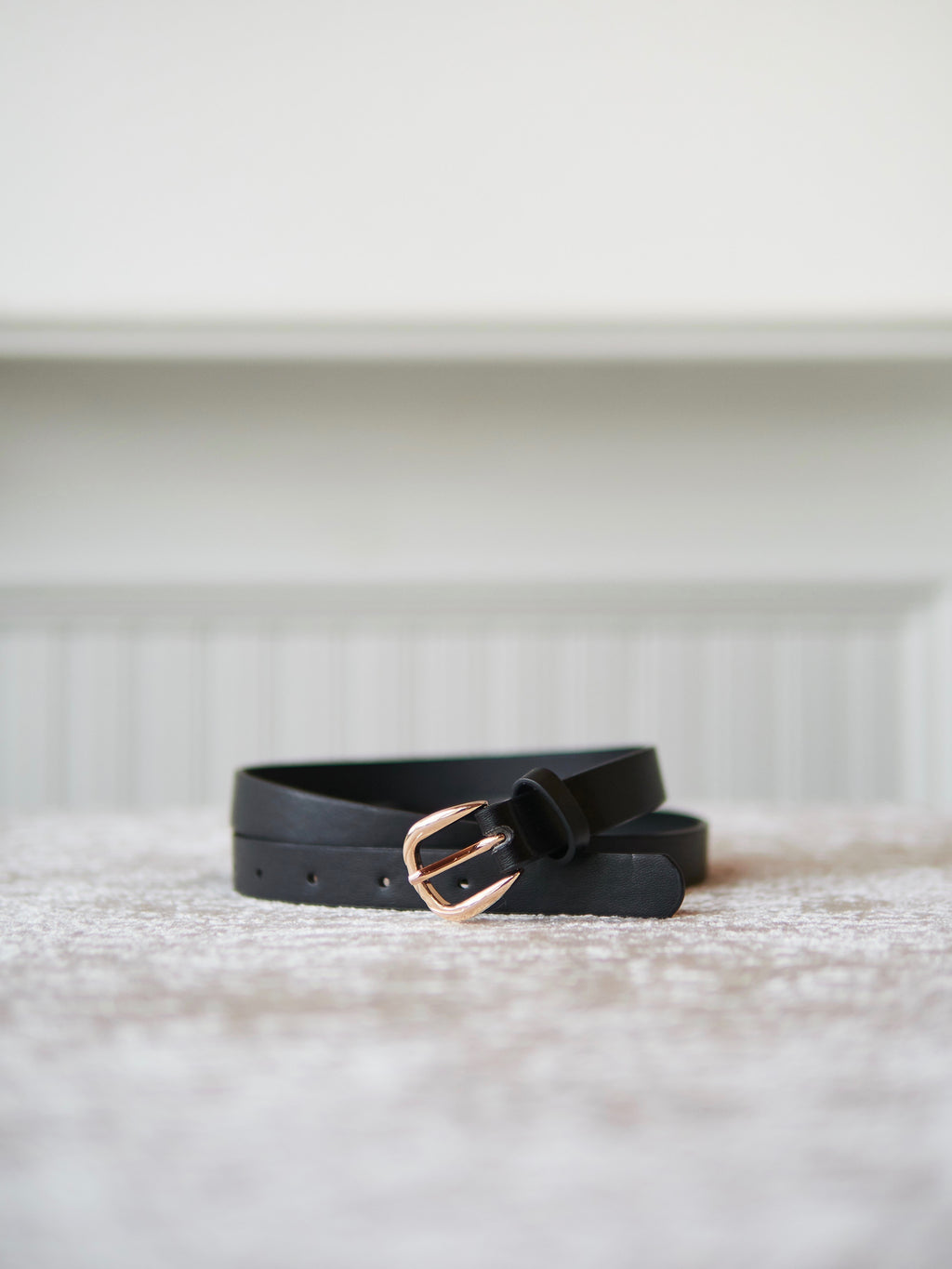 Skinny Black Basic Belt