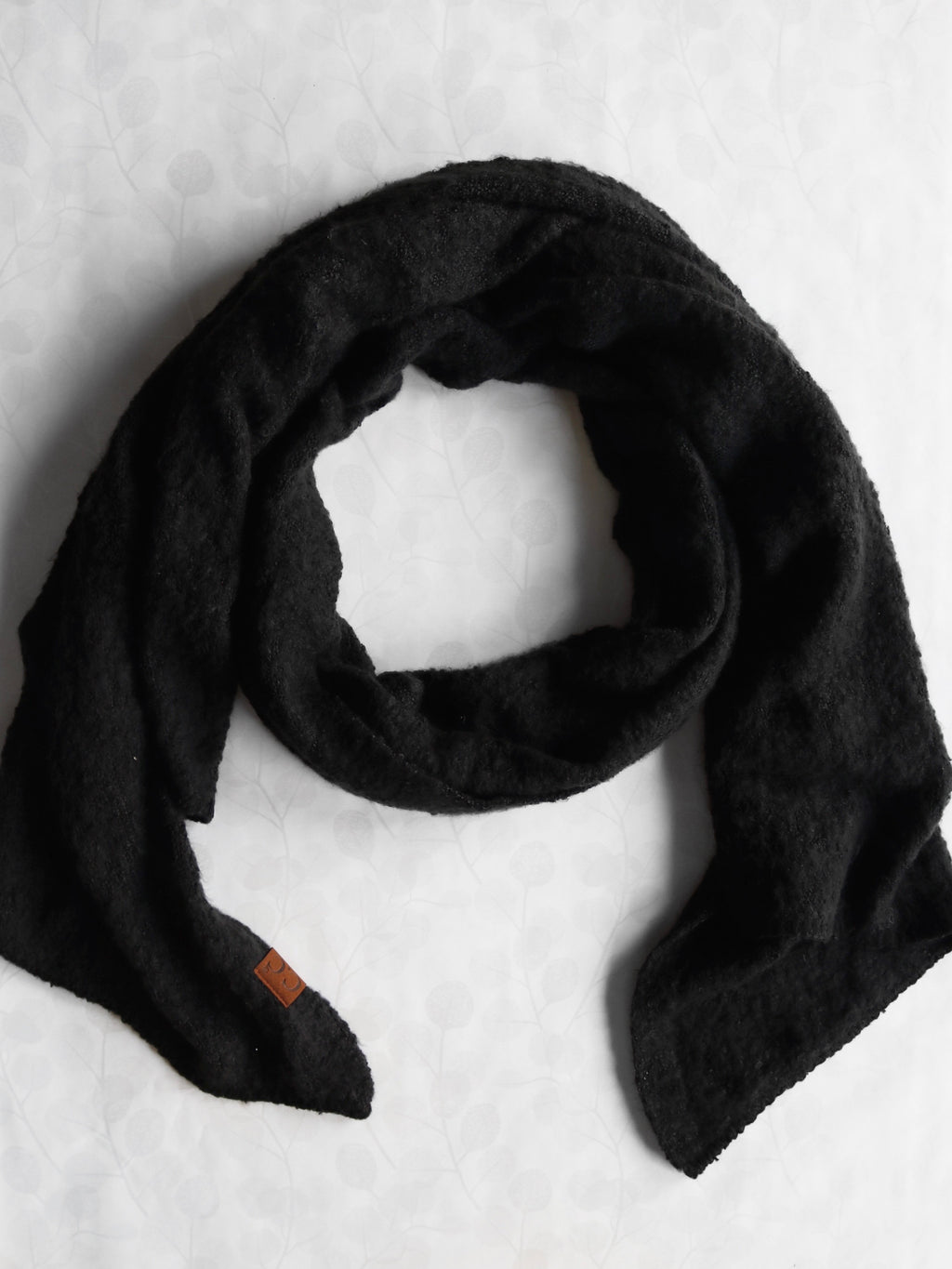 Simply Black Scarf