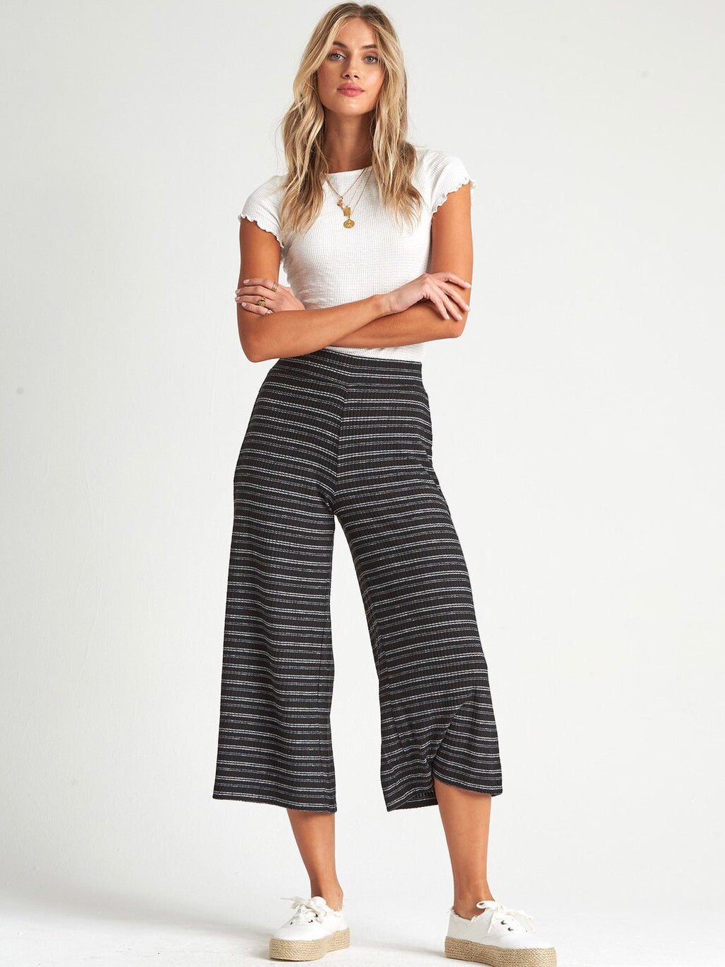 Hide Out Cropped Pants