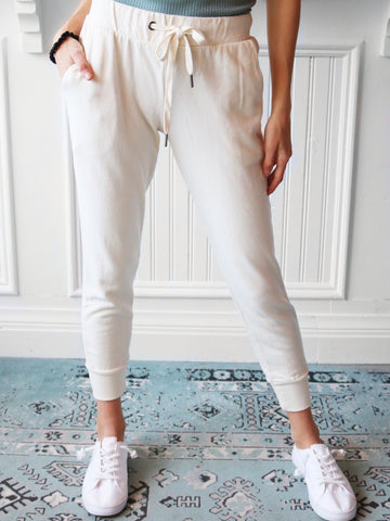 Off White High Rise Straight Jeans