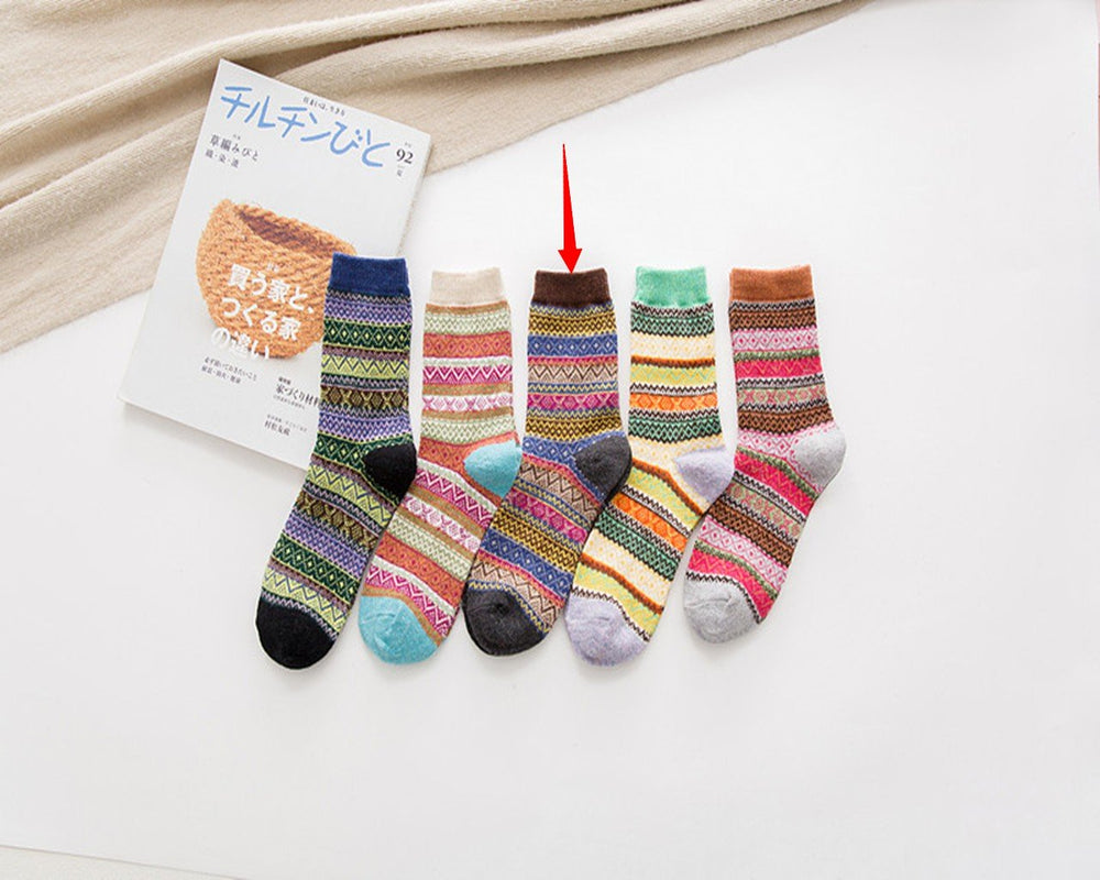Irisruby Women Winter Multicolor Socks Fashion Striped Knitted Underwear & Socks