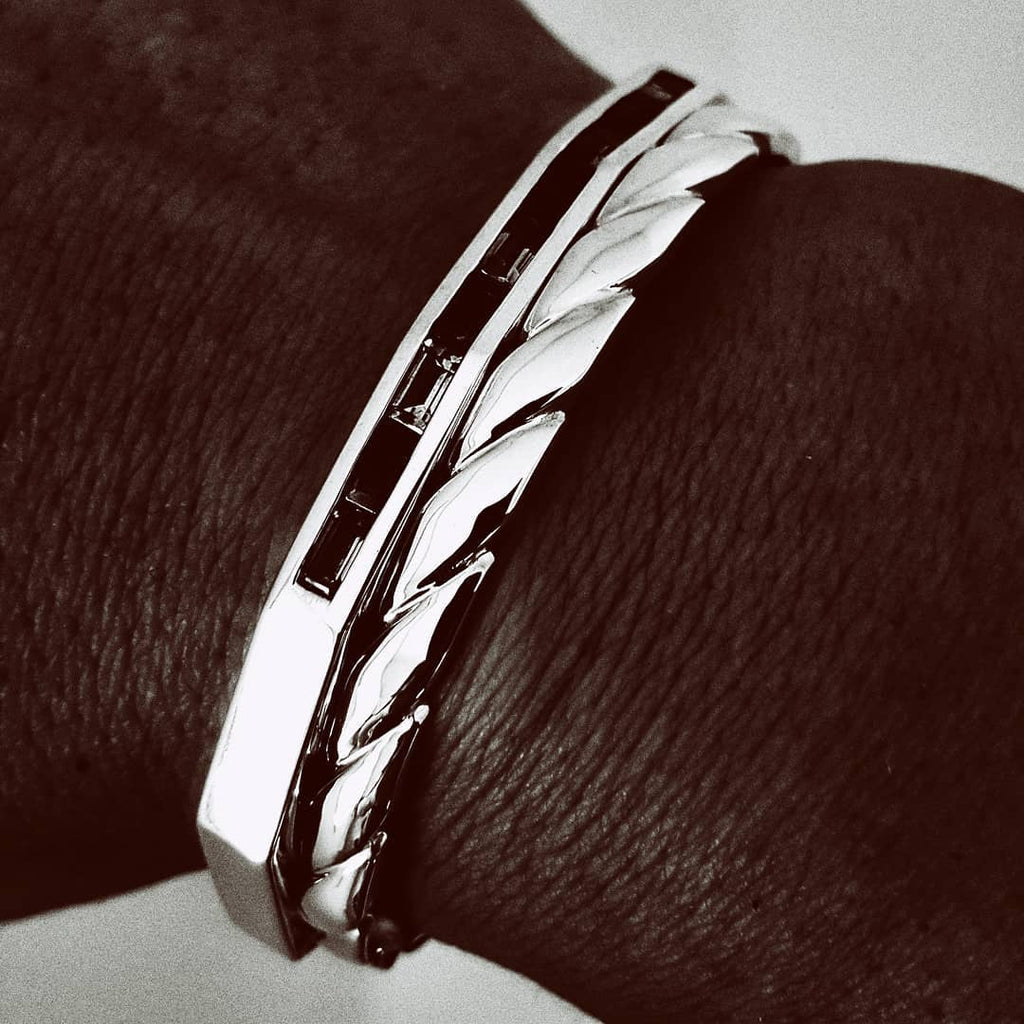 Bracelets that won't break the bank