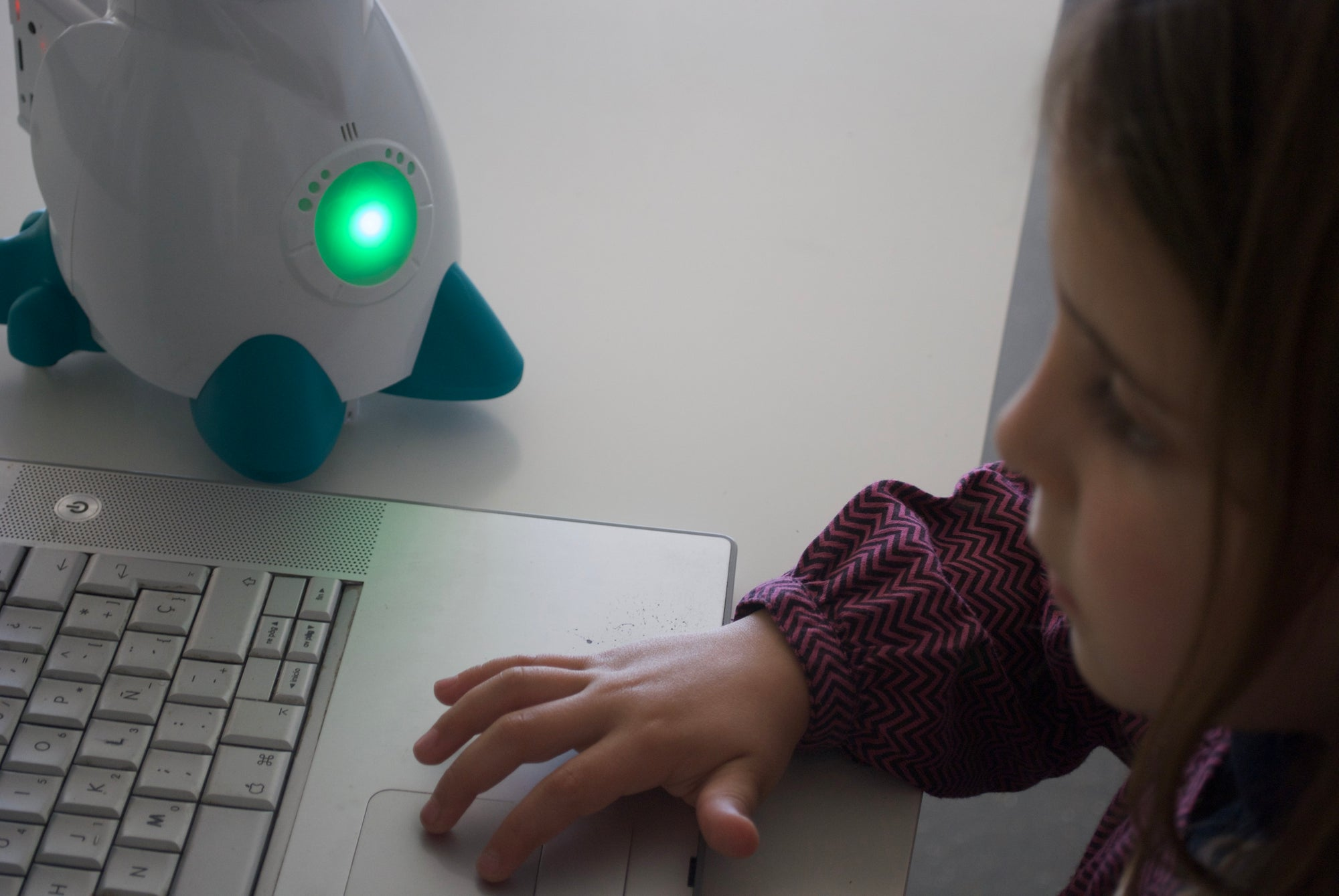 If you have a mentor robot for your child, what do you prefer to teach him: maths or learn to learn maths? Think about it.