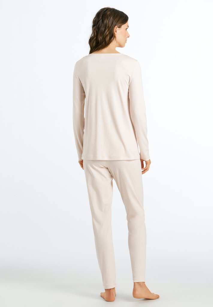 Madlen - Long Sleeved Pyjama Set