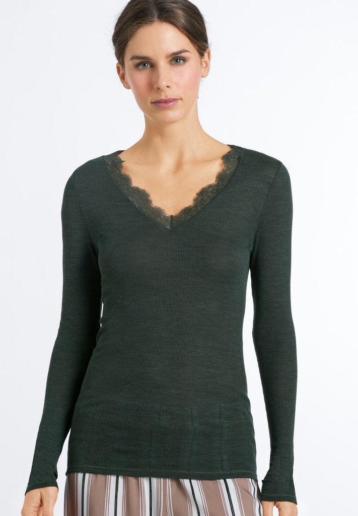 Woolen Lace - Long Sleeved Top