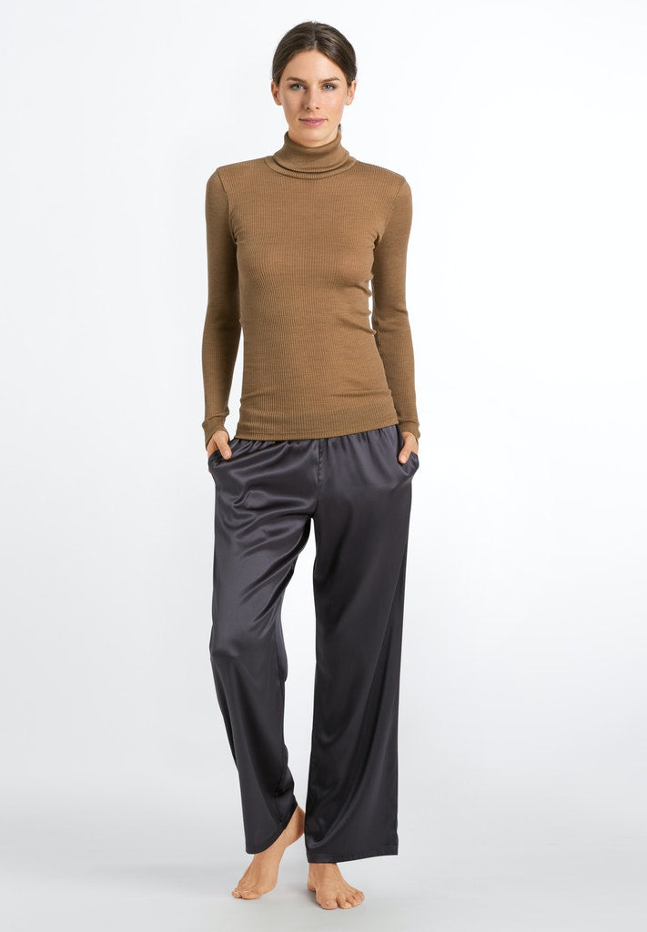 Karla - Turtle Neck Long-Sleeved Shirt