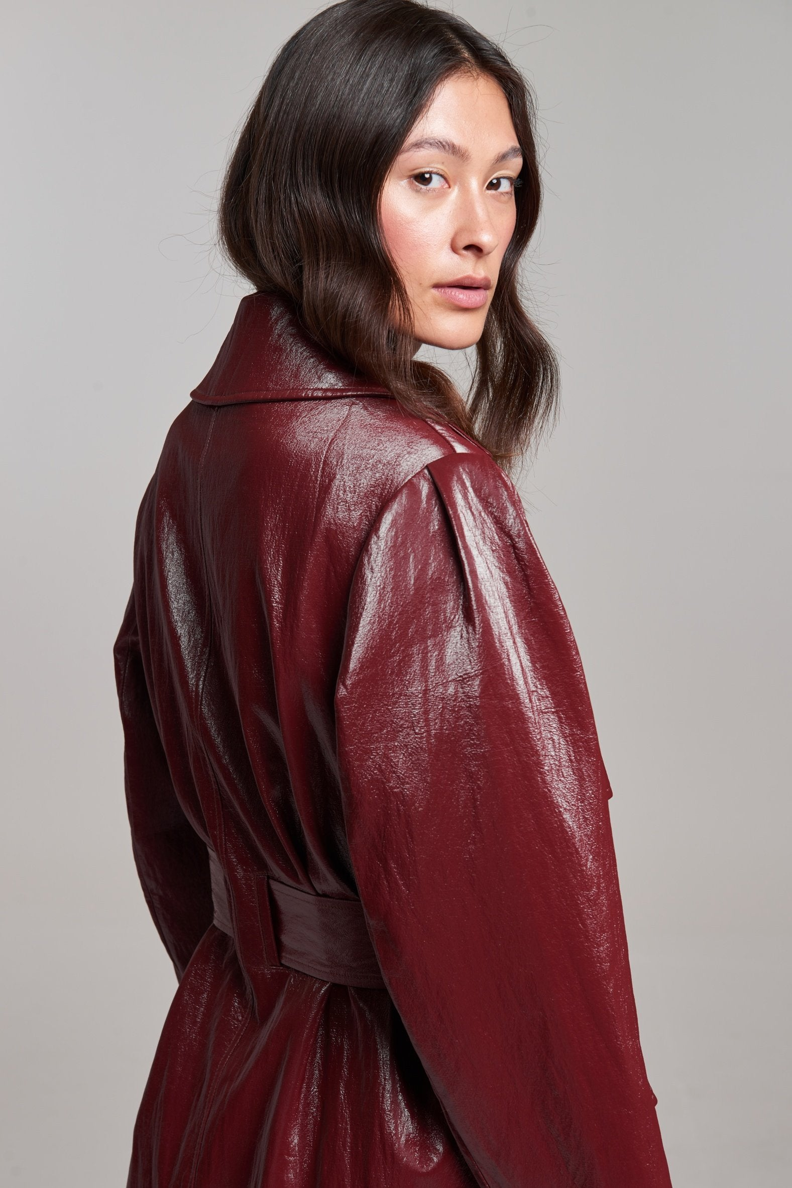 Load image into Gallery viewer, Palones Croydon Burgundy Vegan PU Trench Coat