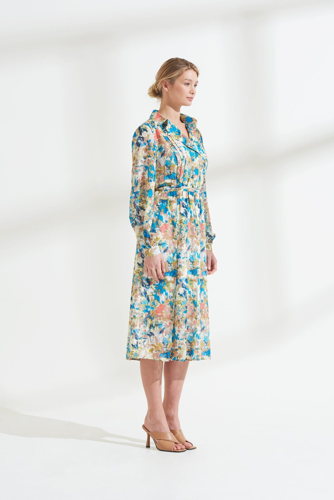 Load image into Gallery viewer, Palones Floral Pleat Detail Shirt Dress
