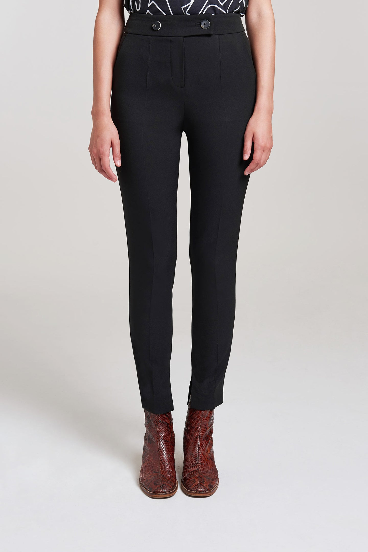 Load image into Gallery viewer, Palones Black High Waisted Slim Leg Trouser