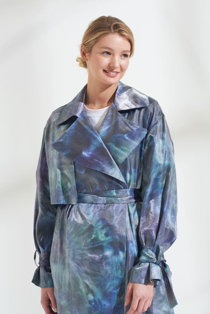 Load image into Gallery viewer, Palones Luna Cross Back Tie Dye Blue Trench