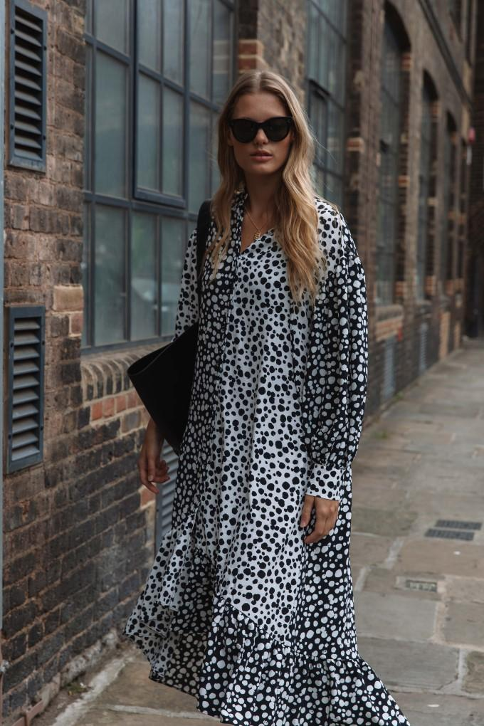 Load image into Gallery viewer, Palones Black and White Mixed Spot Tie Neck Dress