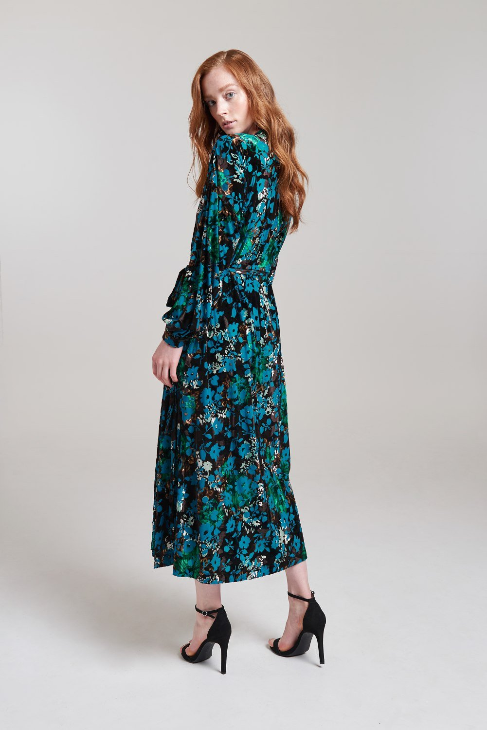 Load image into Gallery viewer, Palones Multicoloured Velvet Lounge Devore Wrap Dress