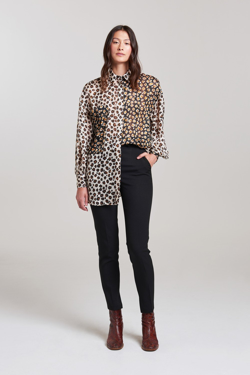 Load image into Gallery viewer, Palones Animal Print Satin Yoryu Chiffon Janny Oversized Shirt