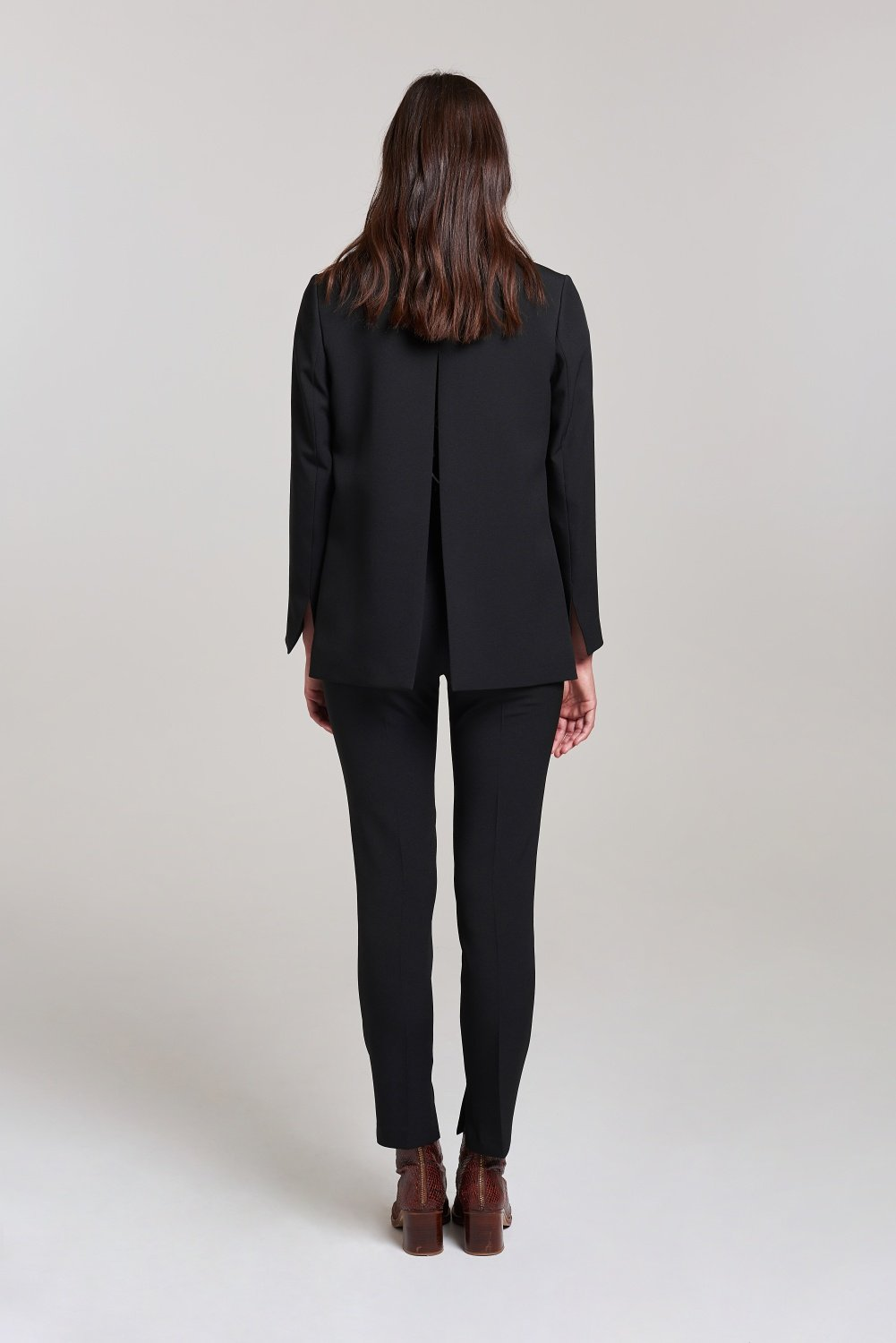 Load image into Gallery viewer, Palones Black Tab Open Back Blazer