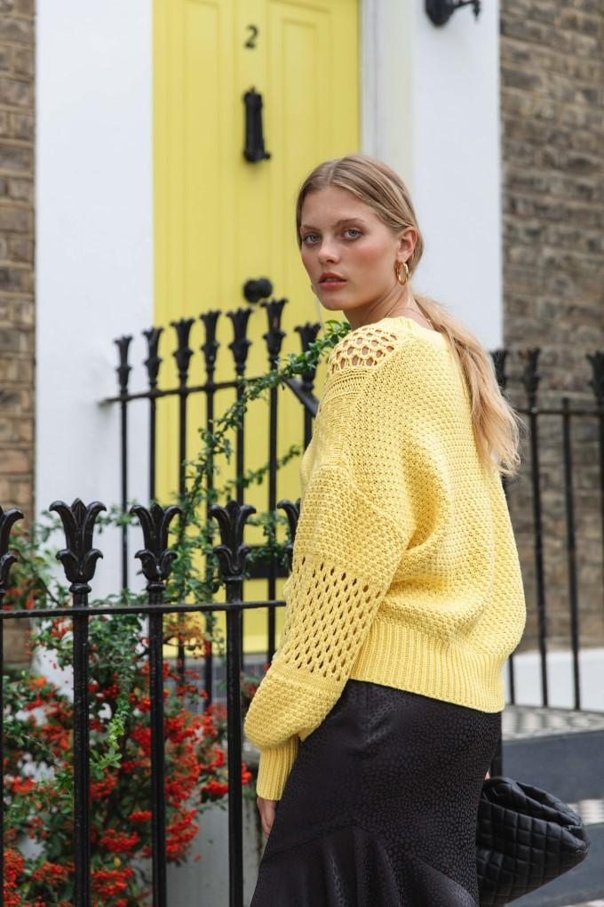 Load image into Gallery viewer, Palones Basket Weave Knit Jumper in yellow