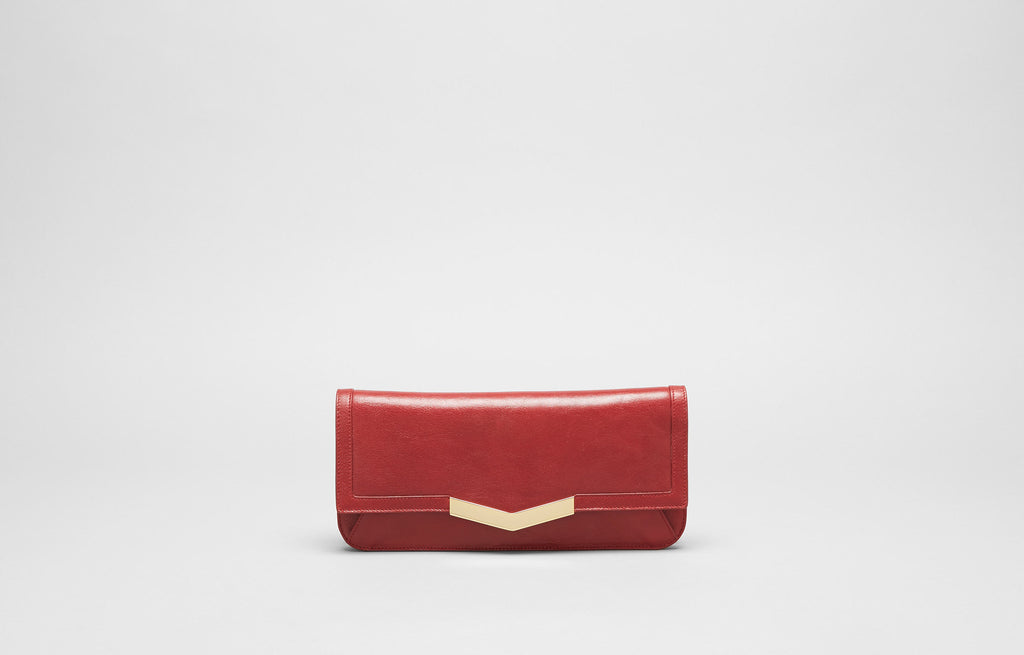 GYA CLUTCH - CHERRY
