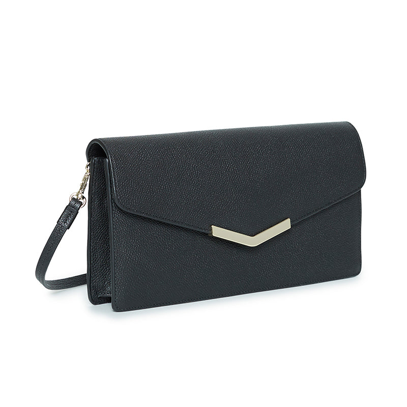 Demi Clutch Black