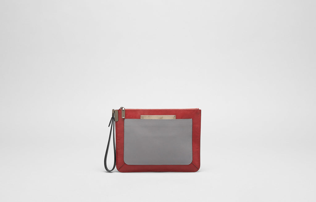 ISHI SMALL WRISTLET - CHERRY