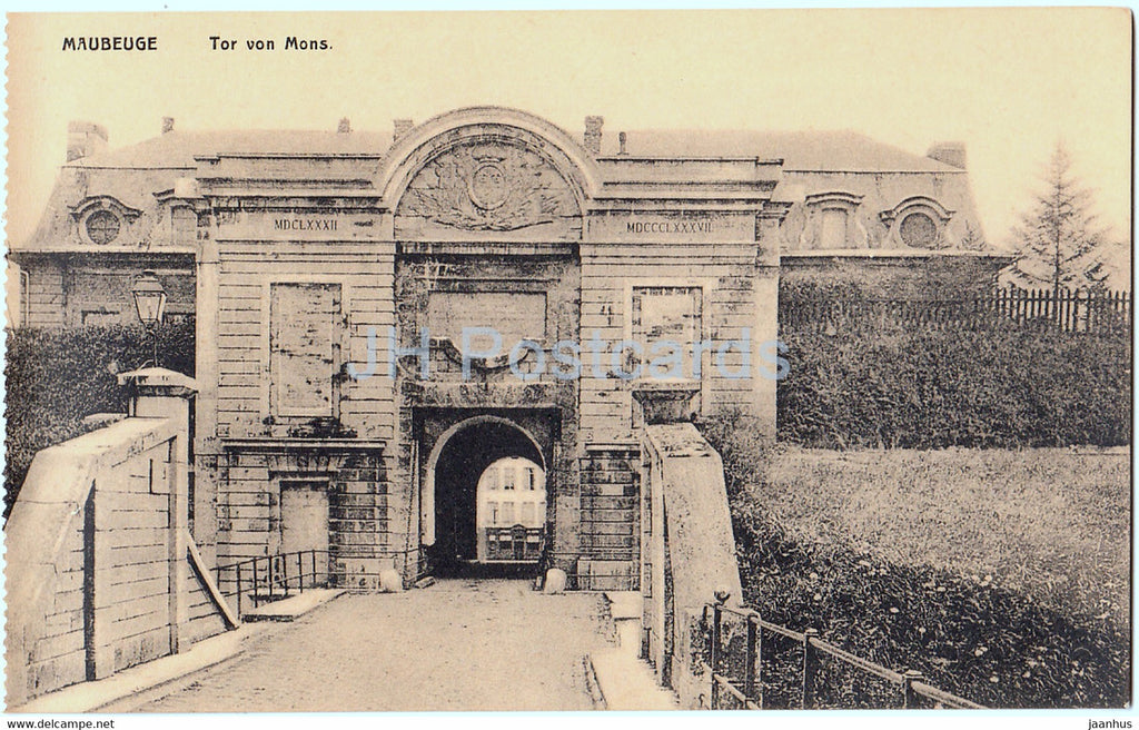 Maubeuge - Tor von Mons - old postcard - France - unused - JH Postcards