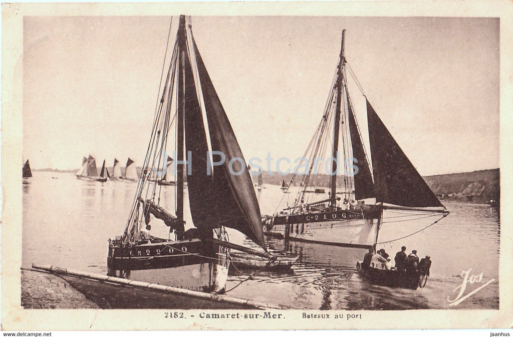 Camaret Sur Mer - Bateaux au port - sailing boat - 2182 - old postcard - France - used - JH Postcards