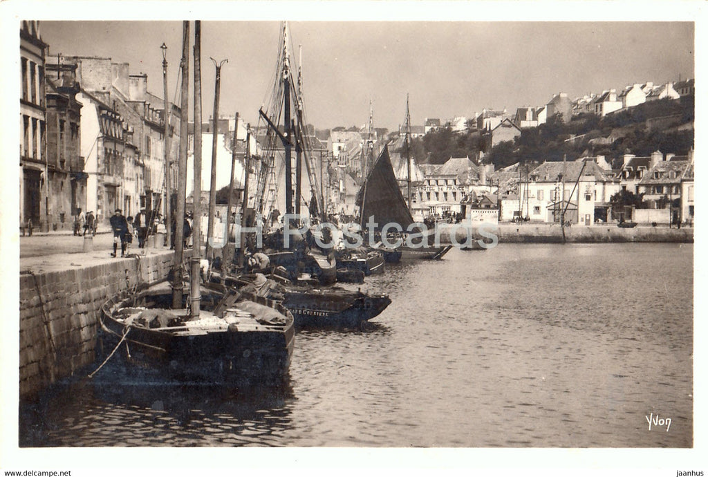 Bretagne - Audierne - Le Port - La Douce France - 29 - sailing boat - old postcard - France - unused - JH Postcards