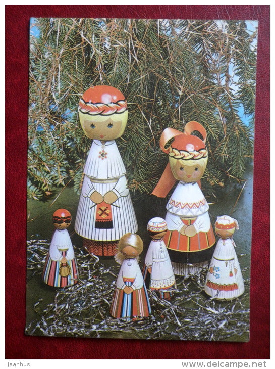New Year Greeting card - wooden dolls in Estonian folk costumes - 1983 - Estonia USSR - used - JH Postcards
