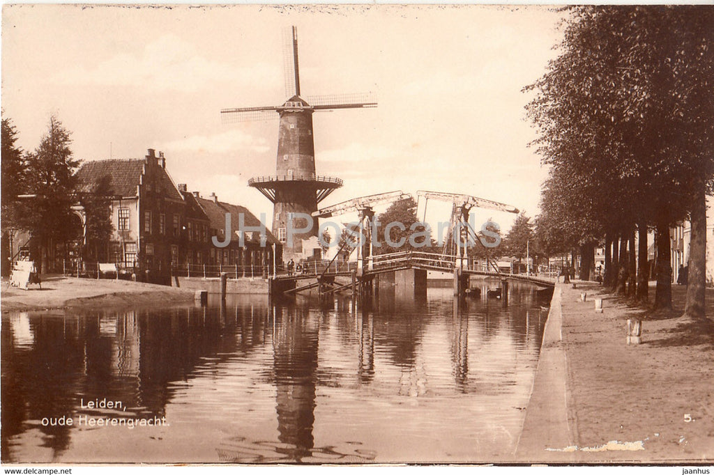 Leiden - oude Heerengracht - windmill - old postcard - Netherlands - unused - JH Postcards