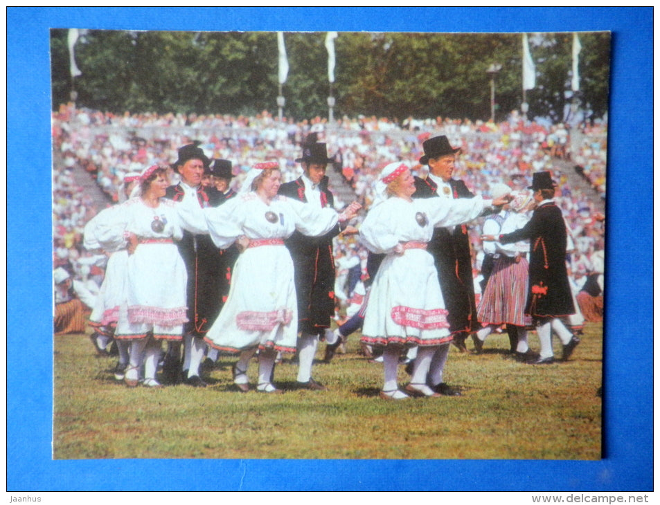 Estonian folk dancers 7 - folk costumes - dance festival - large format card - 1975 - Estonia USSR - unused - JH Postcards