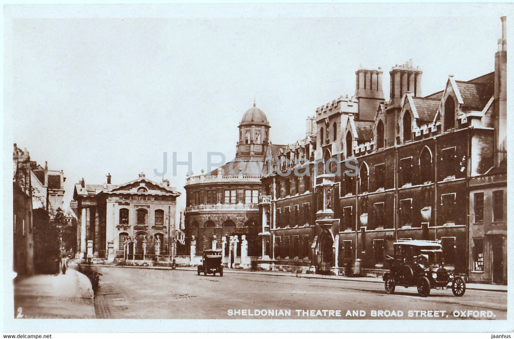 Oxford - Sheldonian Theatre and Broad Street - old car - old postcard - England - United Kingdom - unused - JH Postcards