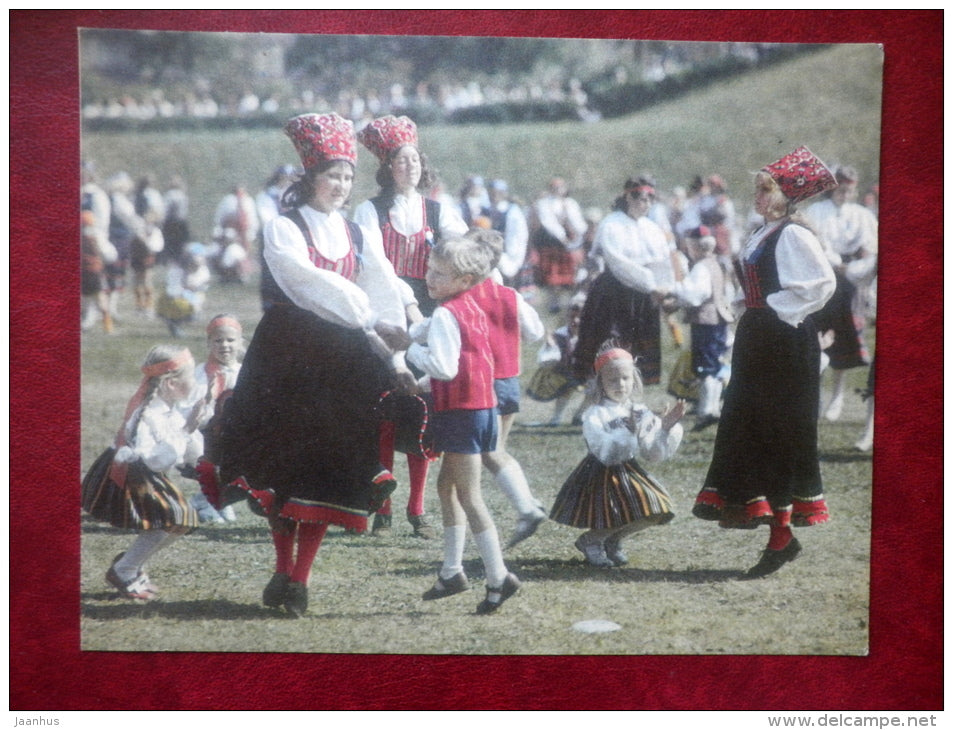 Estonian Folk Dance - folk costumes - large format card - 1975 - Estonia USSR - unused - JH Postcards