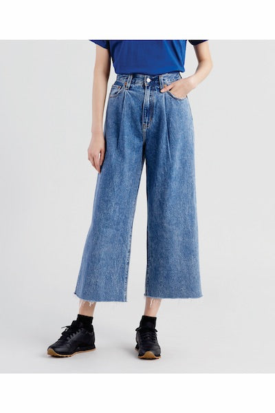Levi's - Ribcage Pleated Crop