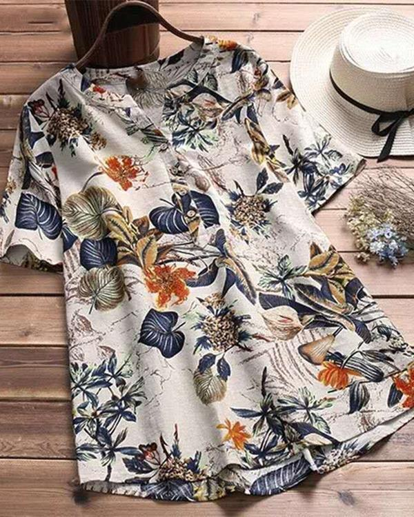 Vintage Flower Printed Short Sleeve V-Neck Plus Size T-Shirt Tops
