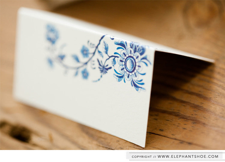 Delft design - place setting card // Photo by: Blackframe Photography