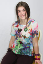 Load image into Gallery viewer, Mesh Floral Appliqued Tee