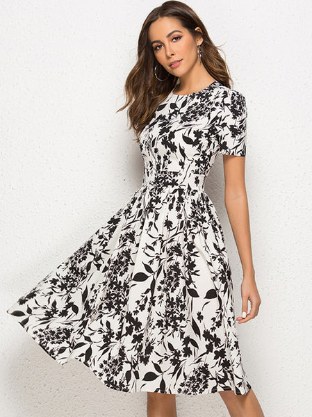 Bohemian Floral Short Sleeve O-Neck A-line Skater Dress