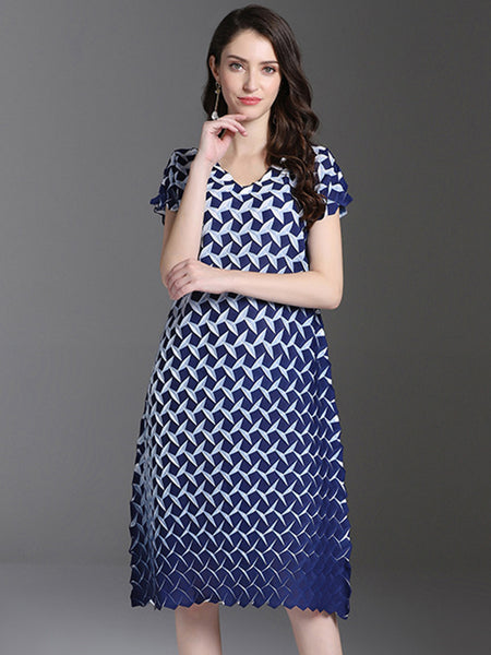 Casual Print Oversize Short Sleeve V-Neck Straight Dress