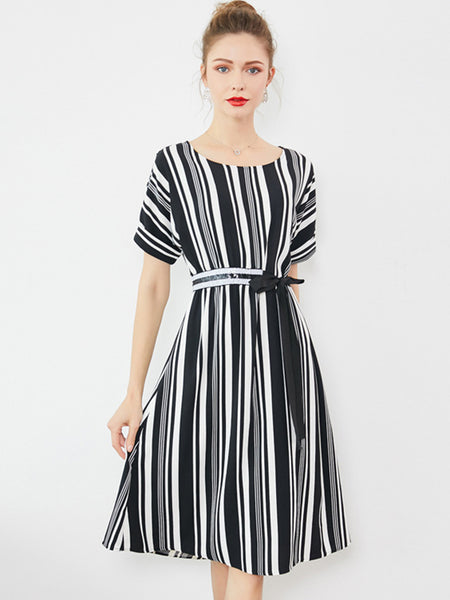 Chic Strip Sashes Short Sleeve O-Neck Sheath Skater Dress