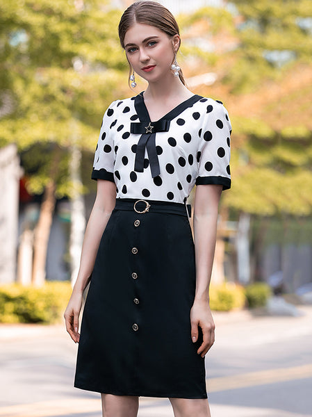 Fashion Slim Spot Bowknot  O-Neck Slim Skater Dress