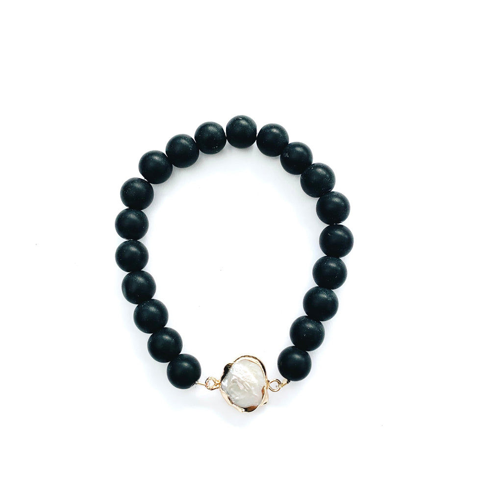 Black Onyx Bracelet with Pearl