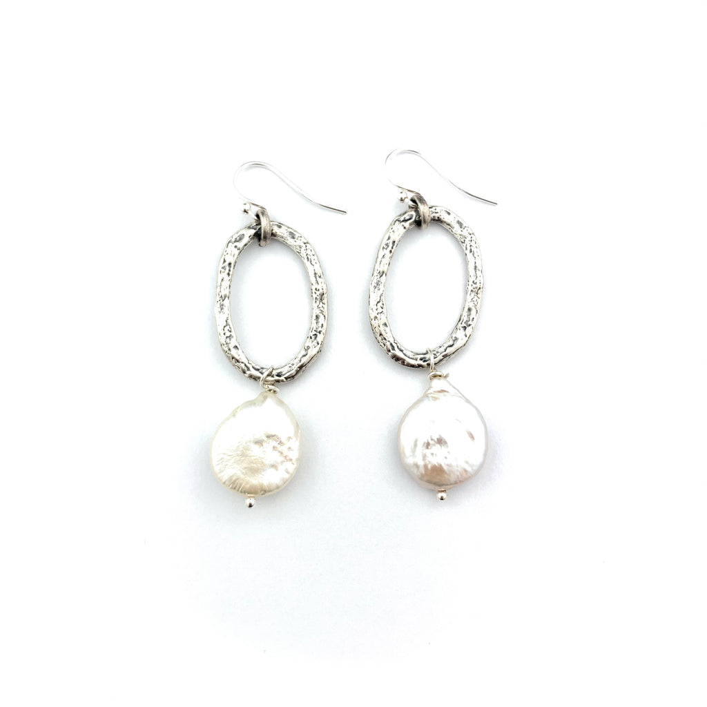 Kendra Hoop & Pearl Earrings