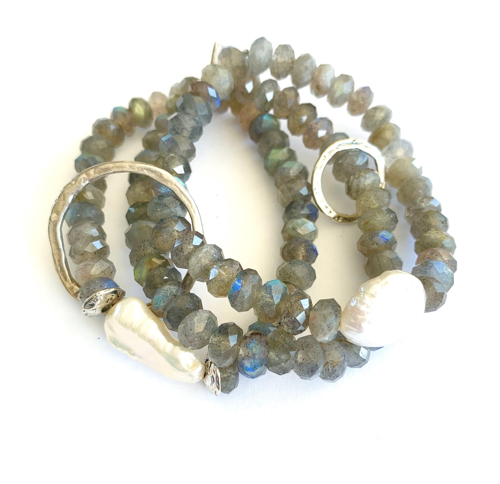 Labradorite triple strand Bracelet with Fresh Water Pearls & Rings