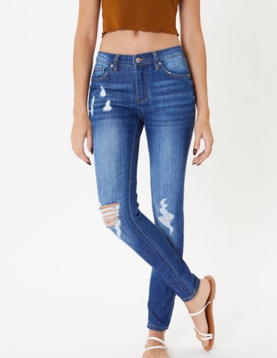Mid Rise Distressed Super Skinny Kan Can