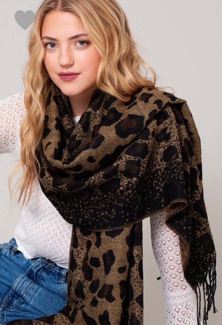 Ombre Leopard Print Fringed Scarf