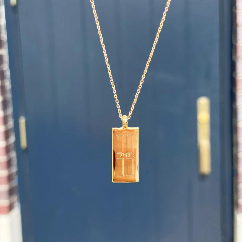 THE DOORSTEP NECKLACE